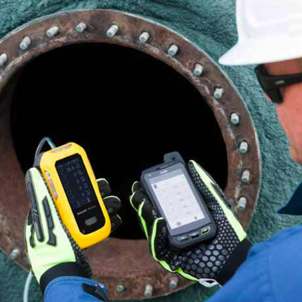 Confined Space Monitors / Confined Space Monitoring Equipment